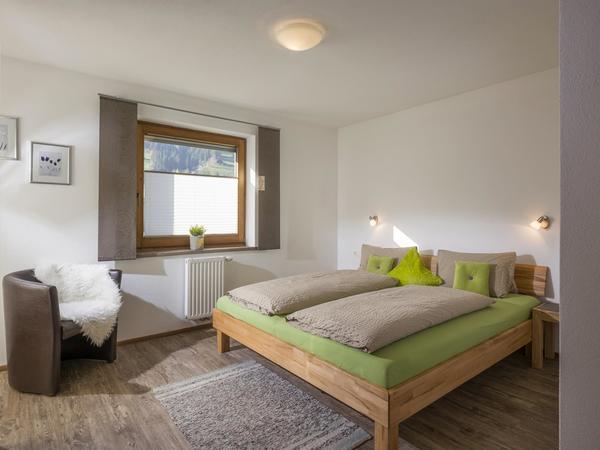 Schlafzimmer II - Ferienwohnung Roessler