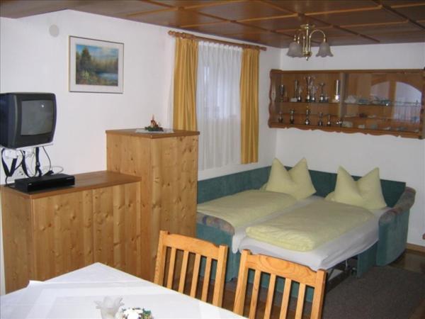 Schlafcouch Wohnzimmer