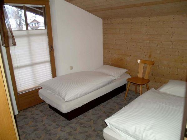 Ferienwohnung 3 - Schlafzimmer2