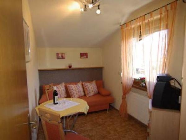 Wohn - Schlafzimmer