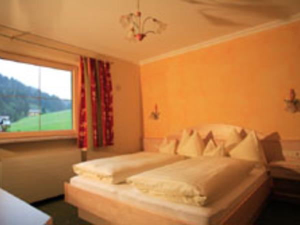 Haus Tirol Schlafzimmer2