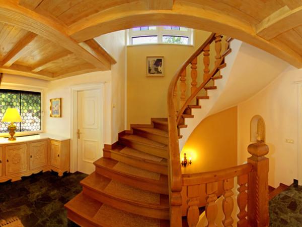 Eingangshalle `Am Marienberg`