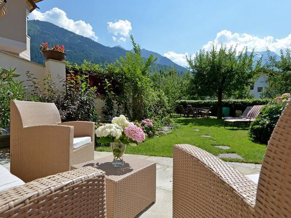 Apart-Hotel-Garni-Austria-Mayrhofen-Waldfeldweg-64