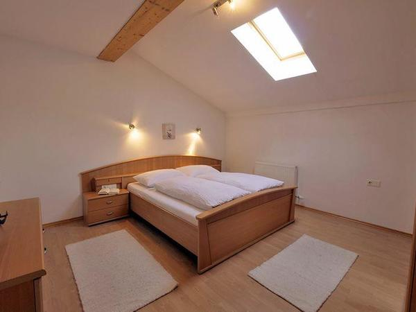 Zillertal-Fuegen-Appartements-Huber-Top8-Zimmer