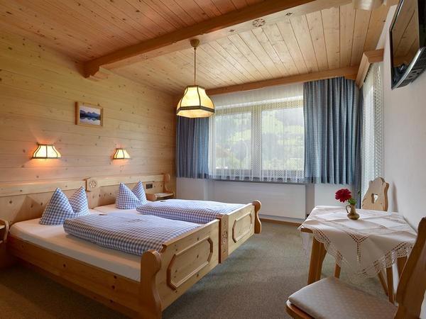 Landhaus-Oberau-Zimmer-5