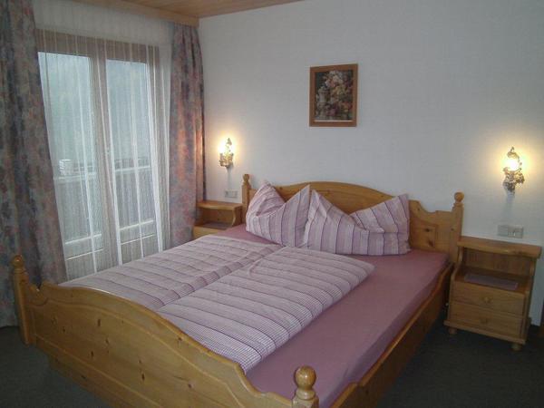 Gästehaus Rieser-Ried im Zillertal-Doppelzimmer