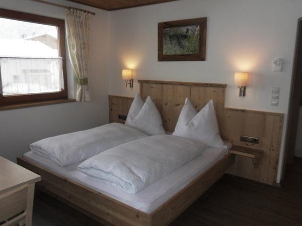 Bett Wohnung 2