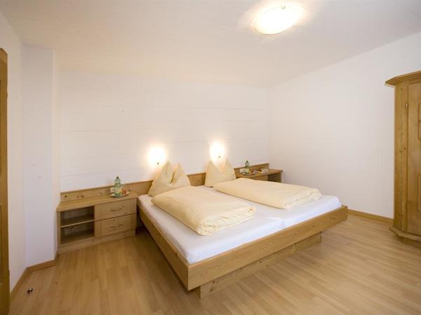 Schlafzimmer 1 App Nr 1