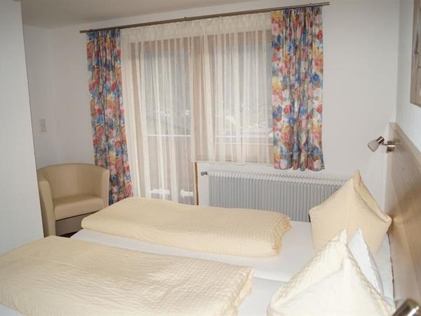 Zimmer2-2