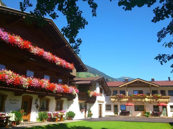 Ansicht Land und Ferienhaus Gredler