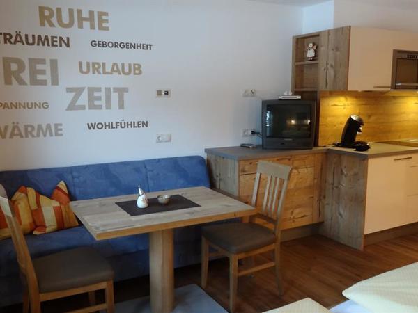 Appartment 1 Küche u Essecke