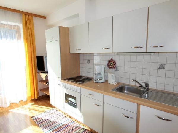 Heller Küchenbereich