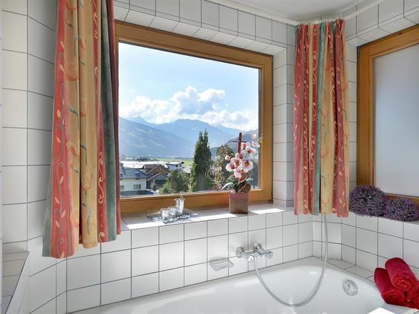 Haus-Zentral-Badezimmer
