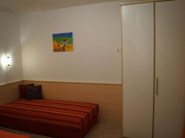 Zimmer 2 WO 2-2