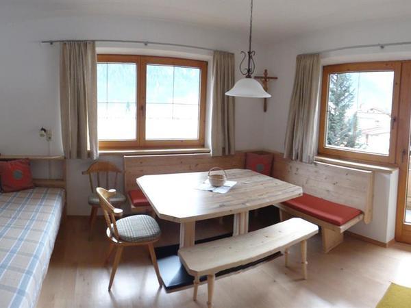 Wohnküche mit Liegefläche