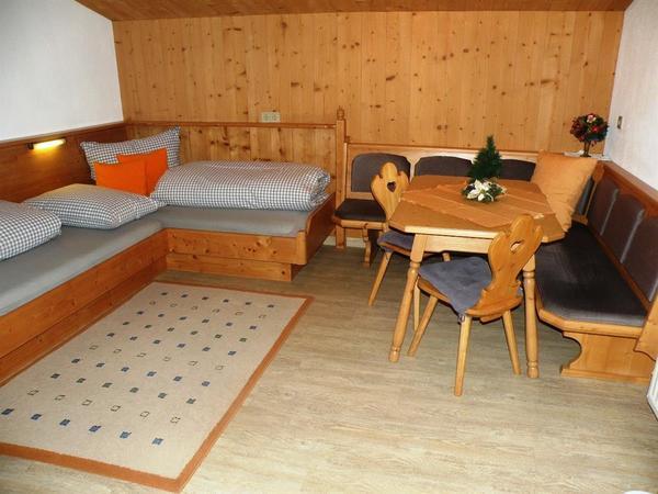 Wohnraum mit 2 Schlafplätzen
