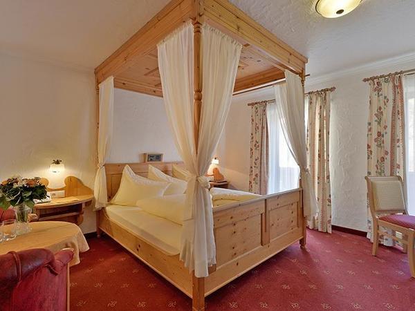 Himmelbett Doppelzimmer Typ A in Gerlos