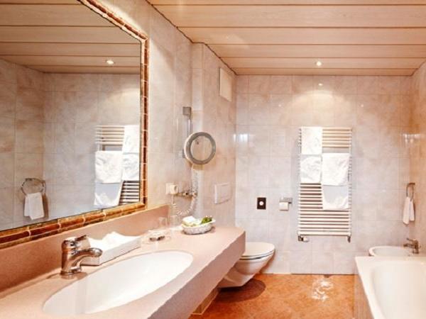 Badezimmer-Typ-Kaserer
