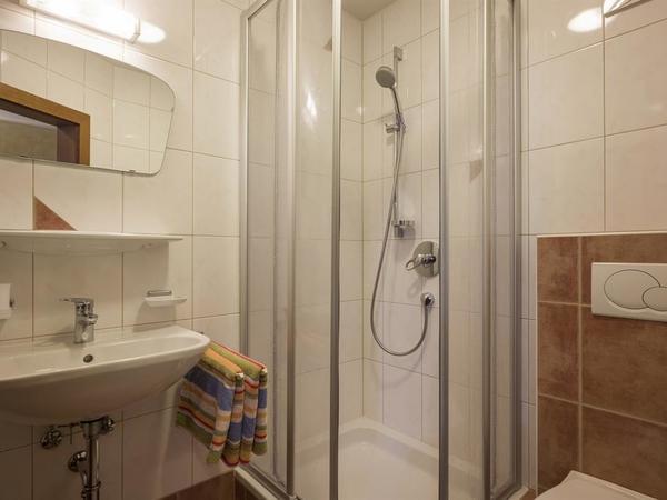 Wohnung 3 Badezimmer1