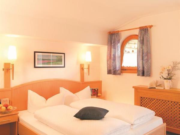 Schlafzimmer FamZi Tulpe