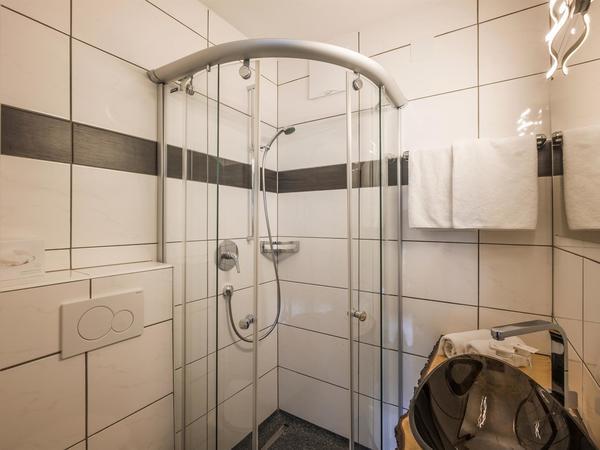 Badezimmer Gasthof Zellerstuben