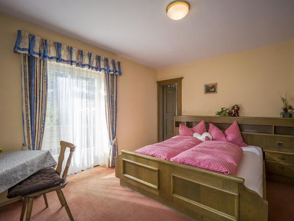 Haus Wiesengrund - Schlafzimmer1