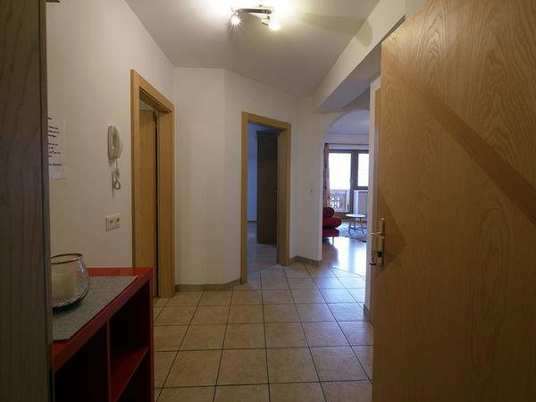 Zillertal-Fuegen-Appartements-Huber-Top8-Gang