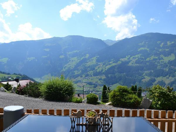 Terrasse mit Panoramarundblick