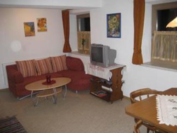 Rauch Mathilde - Wohnzimmer 1