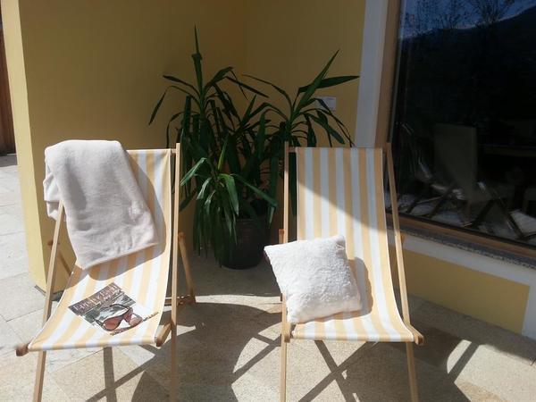 Ferienwohnung-aussen-Terrasse4