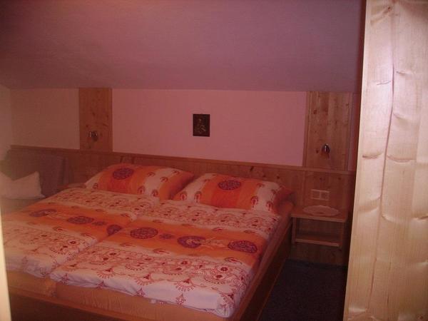 Schlafzimmer 2 Stock (3)