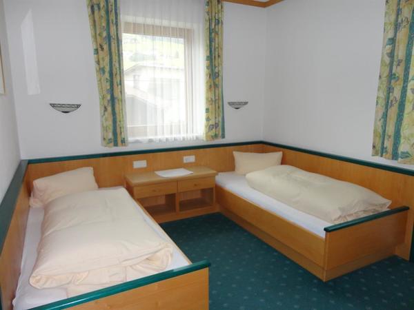 Schlafzimmer 30092015_020
