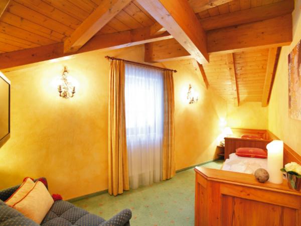 Dreibettzimmer, 2 Einzelbetten, 1 Ausziehcouch