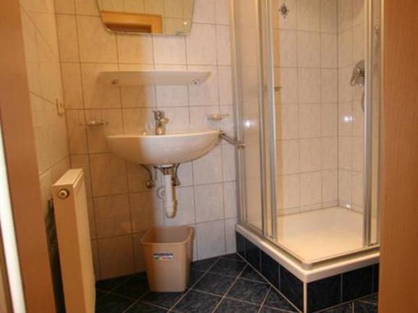 Dusche und WC 2. Stock