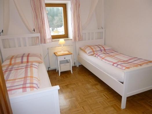Schlafzimmer 2 XXL Apartment Hirtenstube (© berger)