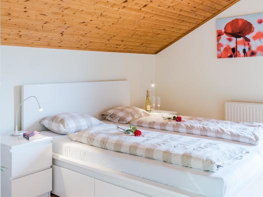 Schlafzimmer (© Ferienhaus Mountain View)