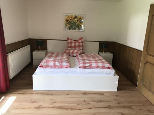 Ferienwohnung Tiesler Schlafzimmer. (© Familie Tiesler)