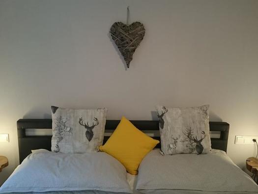 Schlafzimmer Rothirsch