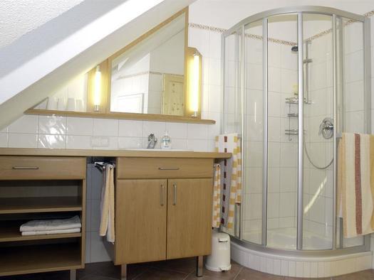 Badezimmer (© Landhaus – Huhle)