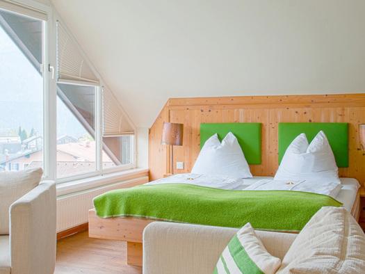 Doppelzimmer Wolfgangsee de luxe. (© Gasthof zur Post)