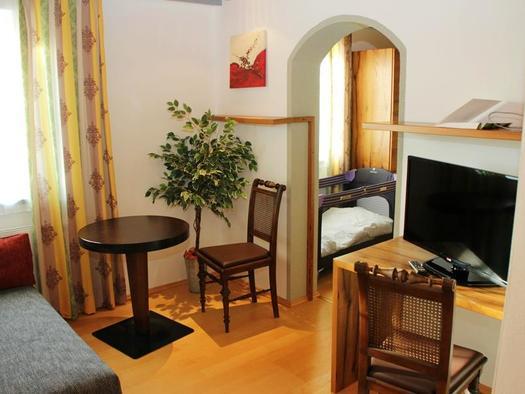 Mehrbettzimmer 10