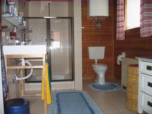 Ein Duschbad EG