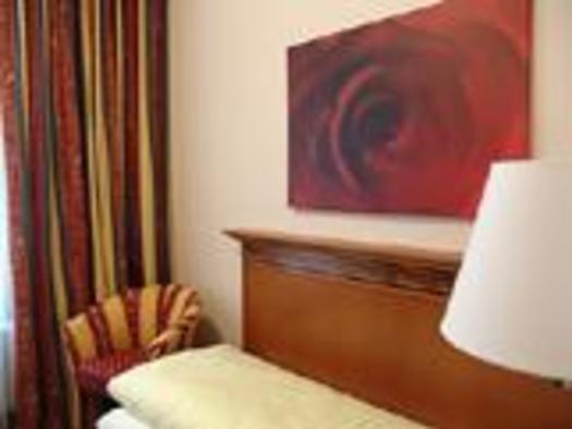 Einzelzimmer Hotel Alexandra (© Hotel Alexandra & Bayrischer Hof)