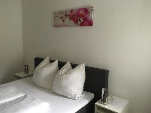 Schlafzimmer 2 in der Ferienwohnung (© privat)