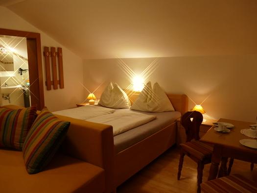 Apartment Schwarzenbach. (© Annemarie Appesbacher)