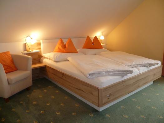 Ferienwohnung 5 Schlafzimmer 1. (© Kloibergütl)