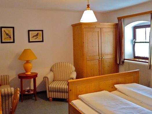 Standard-Doppelzimmer (© Andrea Bergbaur)