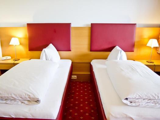 Doppelzimmer Südseite Hotel Bramosen (© Hotel Bramosen)