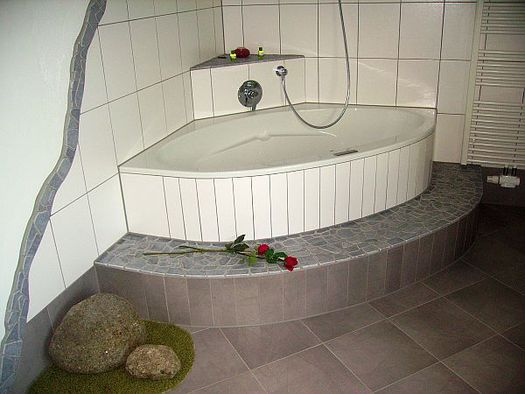 Romantik Zimmer off Bad + Whirlbadewanne