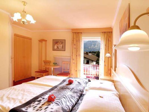 Doppelzimmer mit Aussicht auf den Traunstein